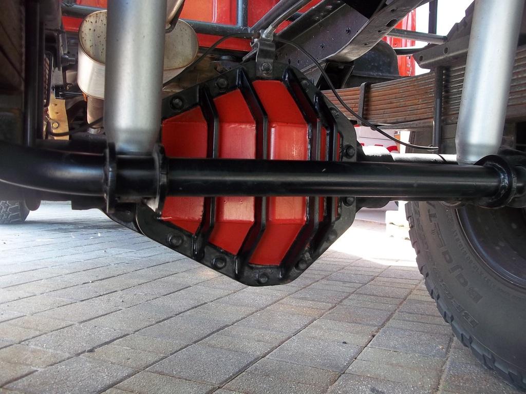 DIY 4x :: Drivetrain :: Razorback Diff Cover - 14 Bolt FF