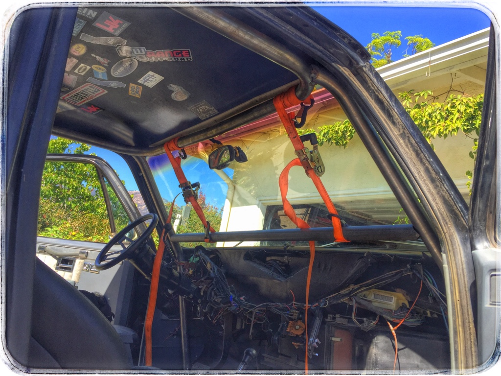 Diy 4x fabrication roll cage for Interior roll cage for toyota pickup