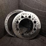 Multi-hole beadlock